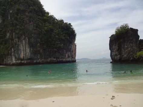 Hong Island beach